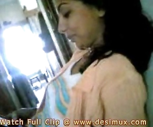 desi girl home scandal..